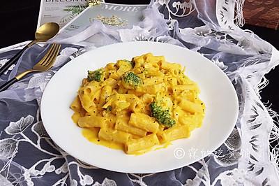 #520,美食撩動TA的心!#奶油南瓜汁雞胸意面