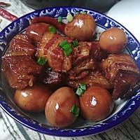 砂锅版鹌鹑蛋红烧肉的做法图解9