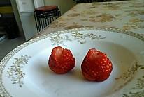 草莓玫瑰花的做法