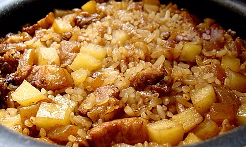 土豆红烧肉饭的做法