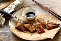 【黑椒盐烤鲭鱼Mackerel】附:内脏清理及鱼肉分片的做法