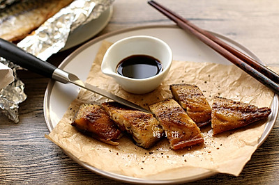 【黑椒盐烤鲭鱼Mackerel】附:内脏清理及鱼肉分片
