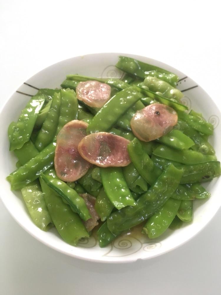 豌豆炒肉肠