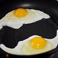 黄瓜鸡蛋热压三明治#花10分钟,做一道菜!#的做法图解2