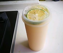自制苏打水-青柠养乐多苏打水的做法