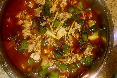 自贡鲜锅兔 川菜中的极品美味