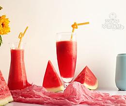 超解渴的鲜榨西瓜汁的做法