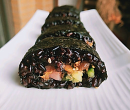 黑米寿司#做道懒人菜,轻松享假期#的做法