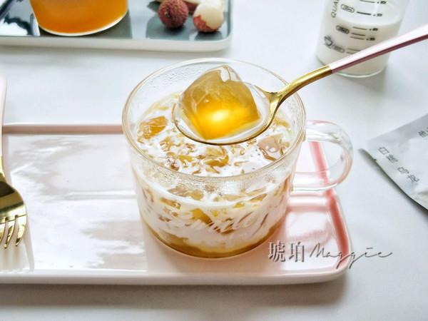 白桃乌龙茶冻撞奶的做法