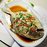 清蒸白鲳鱼的做法图解5