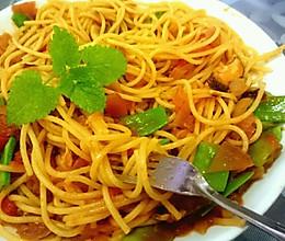 杂蔬茄汁意面的做法
