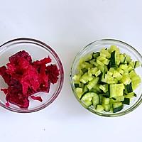 果蔬面条的做法图解2
