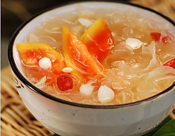 木瓜杏仁银耳汤