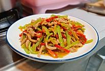 家常菜彩椒炒肉丝,简单美味下饭菜的做法