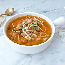 #橄榄中国味 感恩添美味#金针菇酸汤肥牛卷