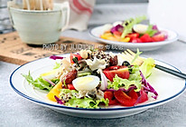 这个夏天要防斑,还要有一款美白祛斑的绣球菌藜麦低脂沙拉的做法