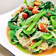 粉丝菠菜(家常小菜5分钟快手美食)6