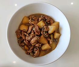 土豆炖鸡腿肉的做法