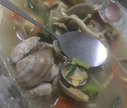 花蛤什锦汤的做法