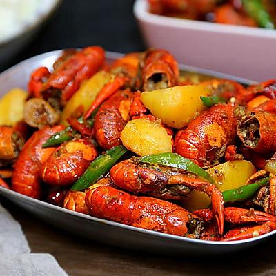 小龙虾烧土豆块儿