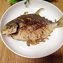 椒盐白鲳鱼