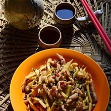 肉丝炒笋丝咸菜