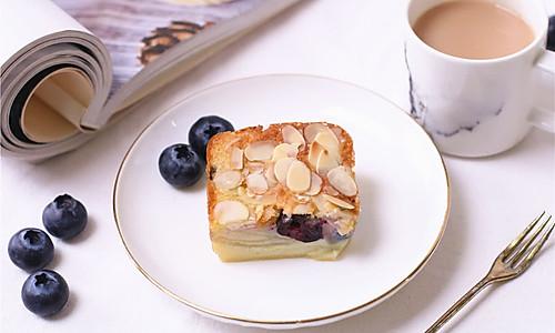 大家来找茬の风靡法国的【苹果隐形蛋糕,内带蓝莓】的做法