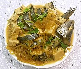 鲅鱼炖豆腐粉条的做法