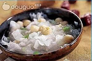 夏日养生靓汤——樱桃银耳汤的做法