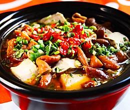 臭味相投——臭豆腐肥肠煲的做法