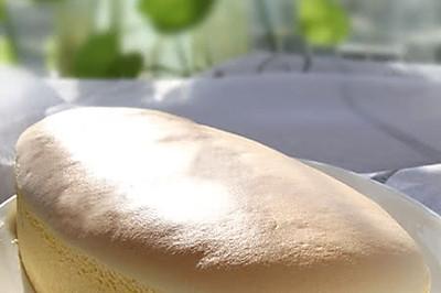 乳香细滑的轻乳酪蛋糕