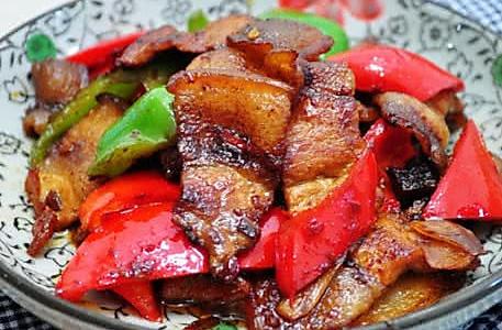 酱炒彩椒回锅肉的做法