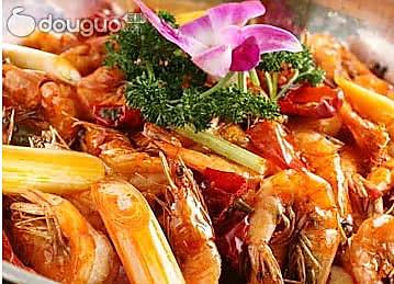 干锅排骨香辣虾的做法