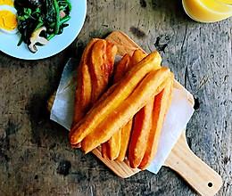#憋在家里吃什么#家庭自制美味油条的做法