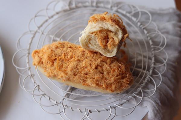 超满足双层肉松面包的做法