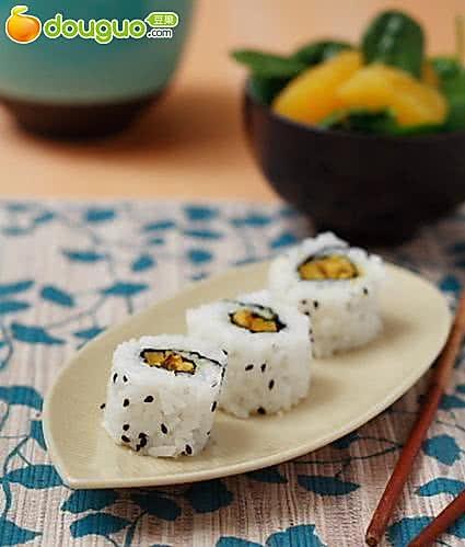 创新菜谱:咖喱天贝寿司的做法