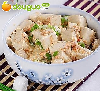 虾酱花生淋豆腐的做法