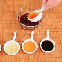 蜜汁黑椒烤肋排的做法图解1