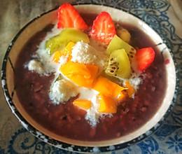 #换着花样吃早餐#椰香紫米水果粥的做法