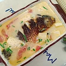 西红柿鲫鱼豆腐汤