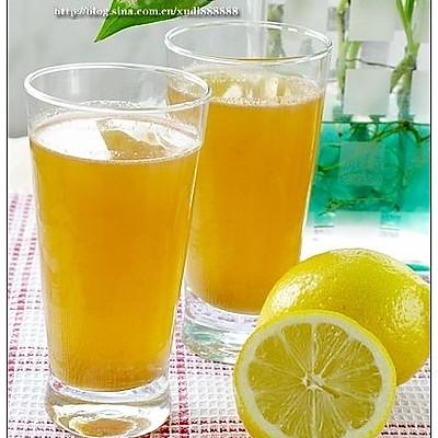 好看好饮的果蔬汁:胡萝卜苹果汁