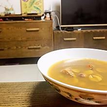 小姨妈老火汤:莲子土鸡汤