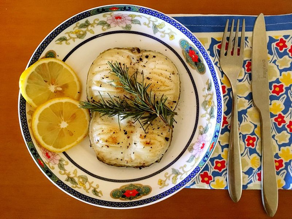 香煎鳕鱼排的做法