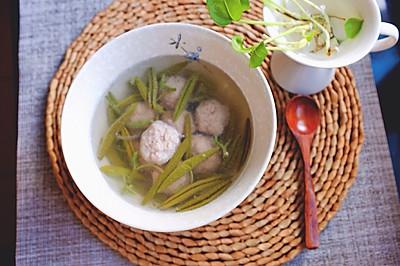 西湖莼菜肉丸汤