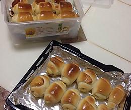一口热狗包/香肠包(18L烤箱,两盘份量)的做法