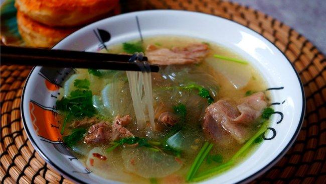 懒人版羊肉萝卜粉丝汤的做法