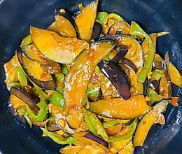 茄片炒尖椒的做法