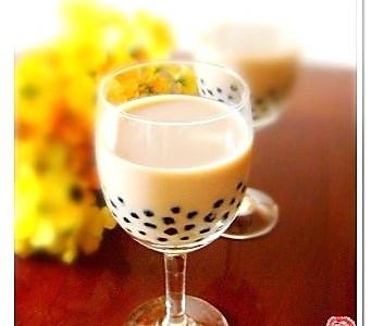 自制珍珠奶茶的做法