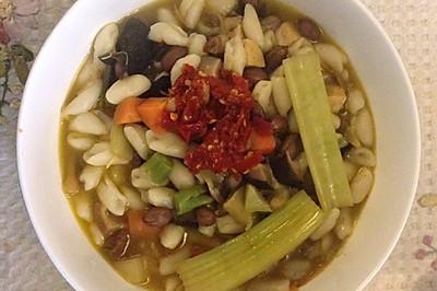 陕西精品烩麻食(猫耳朵)