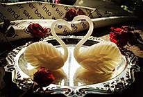 做一款最优雅的蛋糕装饰品——翻糖天鹅的做法